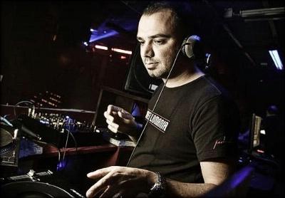 Pedro Del Mar – Mellomania Vocal Trance Anthems 260 – 07-05-2013