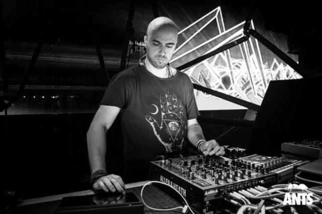 Uner Live Sets & DJ Mixes
